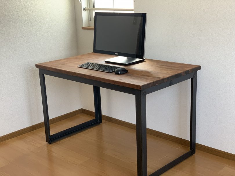 オーダー家具、オーダーデスクの作製も承っています、鋼商です。木とアイアンのおしゃれな家具を長野で