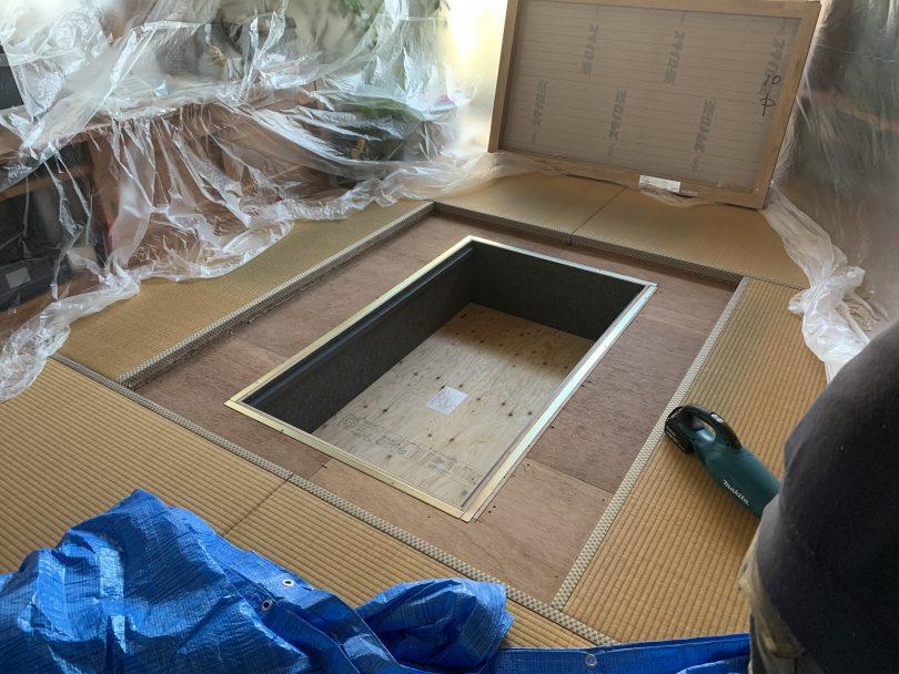 和室のリフォーム、ダイケンの掘りごたつを設置、足を伸ばしてゆったりとくつろげる。掘りごたつなら鋼商