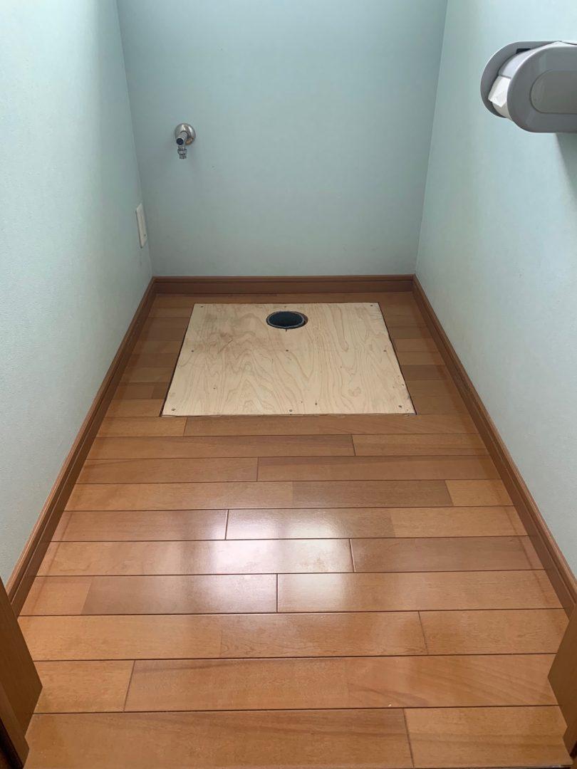 床の補強兼ねて捨て張り交換しました。