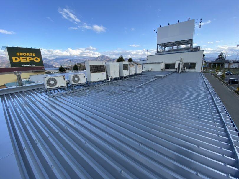 工場の屋根塗装は、雨もり対策を考えて施工出来る鋼商コウショウにお任せ下さい。