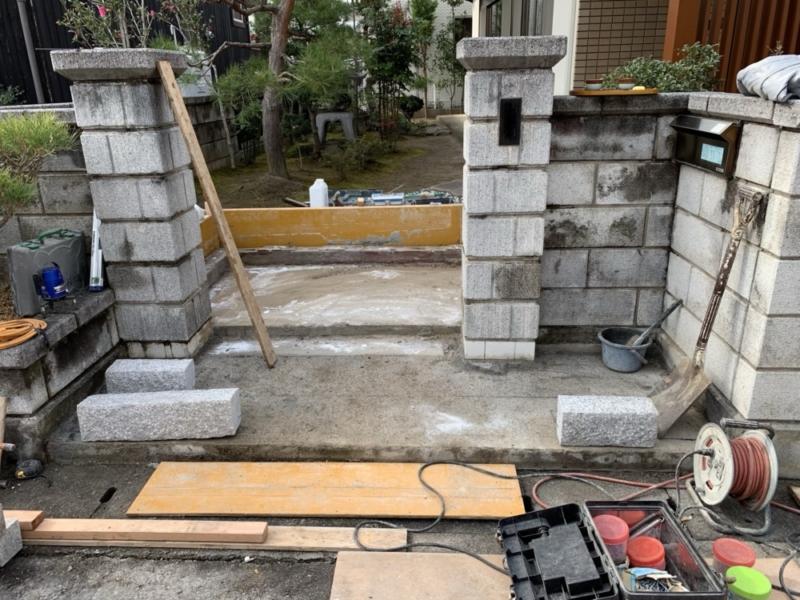 玄関タイルの張り替えやお庭の工事も行っております、