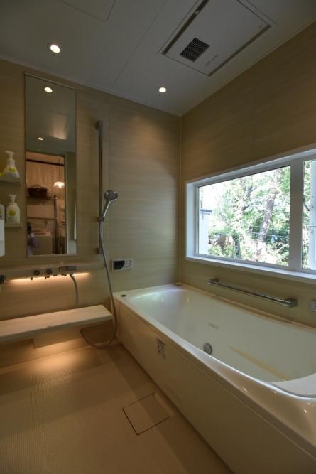 お風呂のリフォームするなら長野市鋼商コウショウ暖かお風呂に変身。