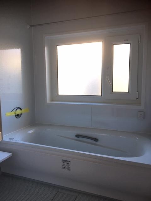暖かお風呂のリフォームなら長野市リフォーム鋼商コウショウ島田和彦にお任せ下さい。